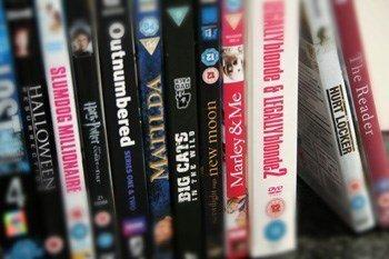 200 DVD's de pel·lícules (gèneres varis)