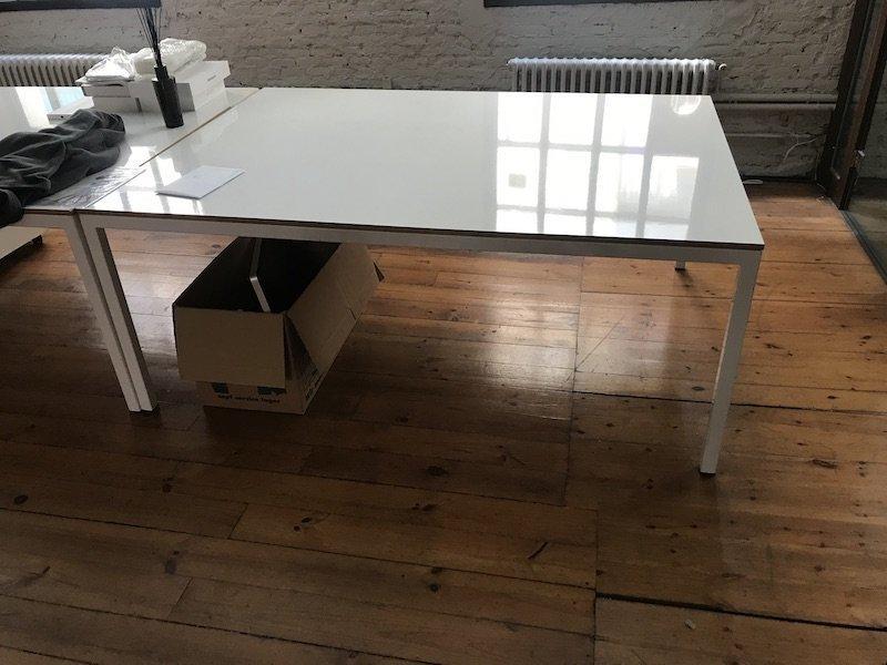 Taula gran d'oficina